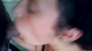 Tamara Chile mamando como enferma
